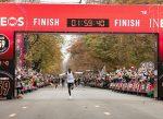 "Kipchoge lo logró: ""1:59:40.2 en maratón"""