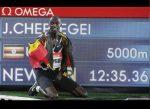 Ugandés Joshua Cheptegei establece nuevo récord mundial de los 5.000 metros