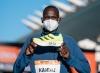 El keniata Kandie rompe récord del mundo de 21K con las adidas Adizero Adios Pro